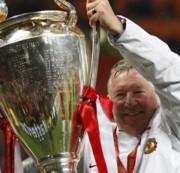 Sir Alex Ferguson a BL-trófeával