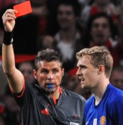 Roberto Rosetti piros lapot adott Darren Fletchernek